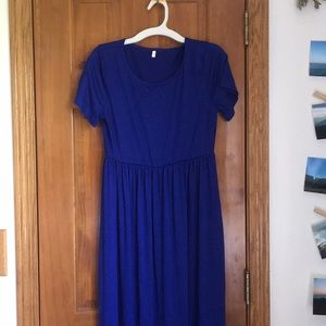 Royal blue maxi dress with pockets!